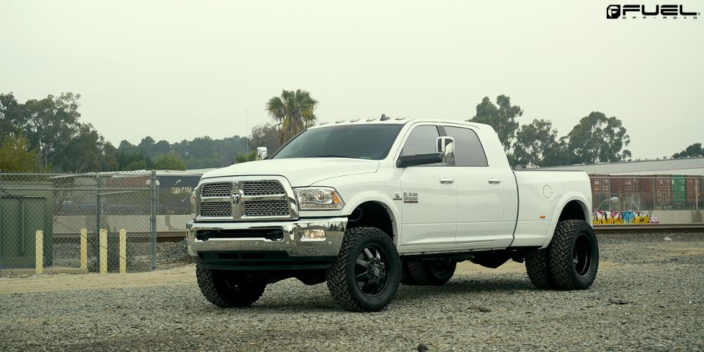 Dodge Ram 3500 Fuel Maverick Dually Front - D538