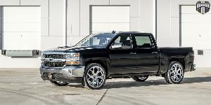 Royalty - S207 on Chevrolet Silverado