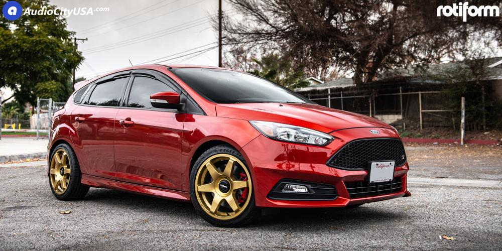 Ford Focus Rotiform SIX