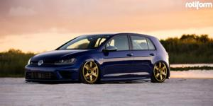SIX on Volkswagen Golf R