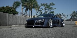 LHR on Audi R8
