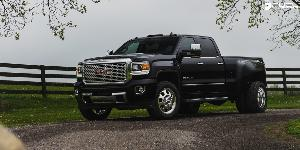 FF31D - Front on GMC Sierra 3500 HD