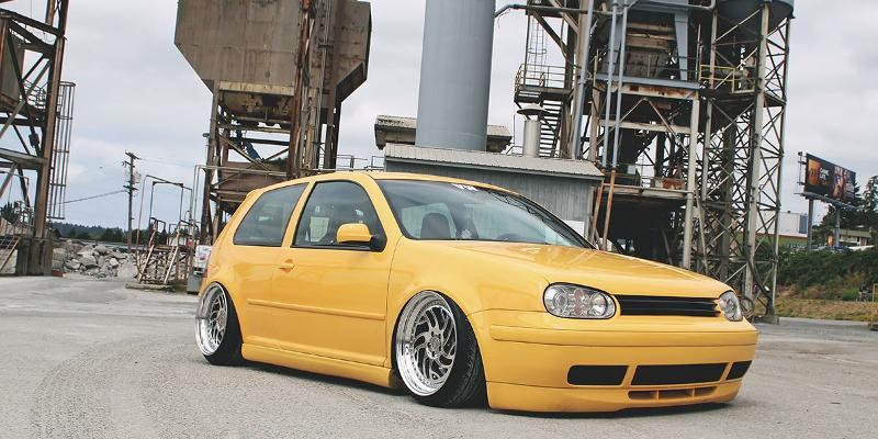 Volkswagen GTI Rotiform SEA