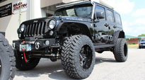 Full Blown - D554 on Jeep Wrangler