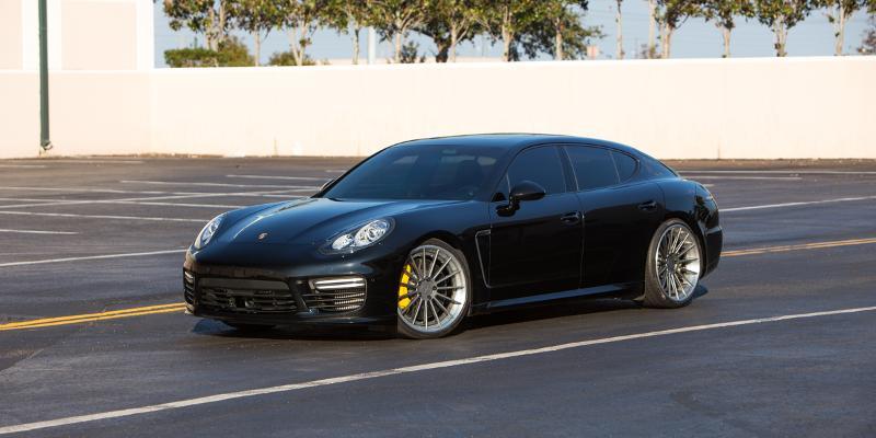 Porsche Panamera Rotiform DUS