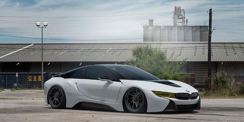 BMW i8 Rotiform YVR
