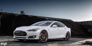 Esses on Tesla Model S