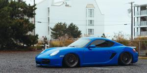 IND-T on Porsche 718 Cayman