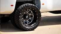 GMC Sierra 3500 HD Dual Rear Wheel
