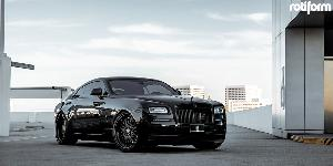 LHR on Rolls-Royce Wraith