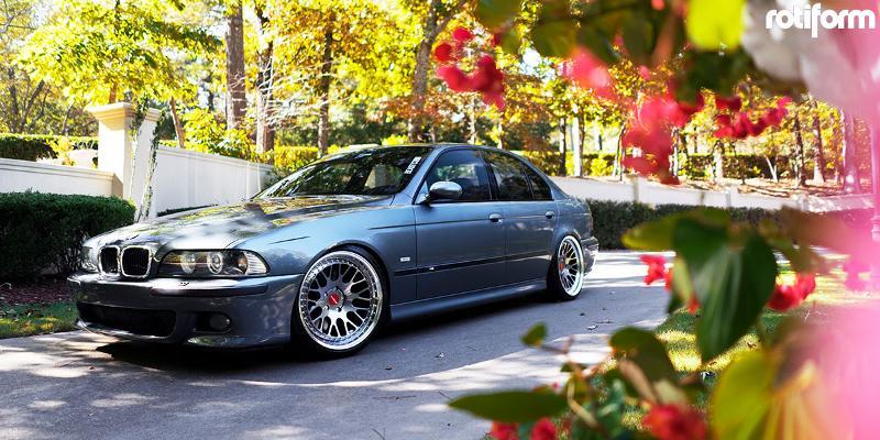 BMW M5 Rotiform LVS