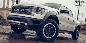 Savage - D565 on Ford F-150 Raptor