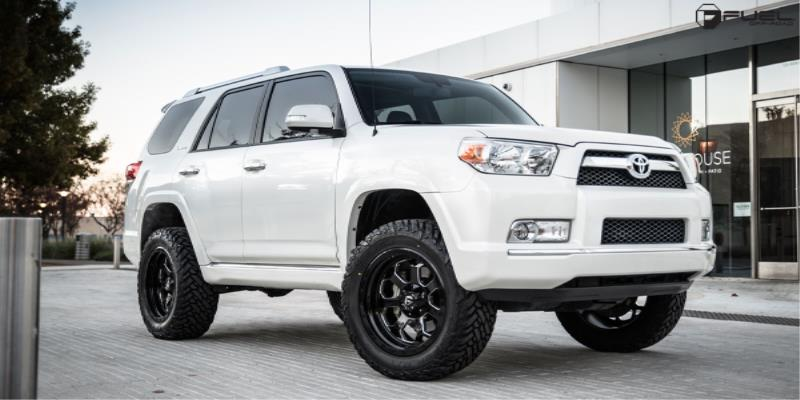 Toyota 4Runner Savage - D563 Gallery - MHT Wheels Inc.