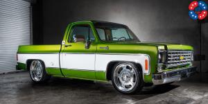 Bonneville - u309 on Chevrolet C10