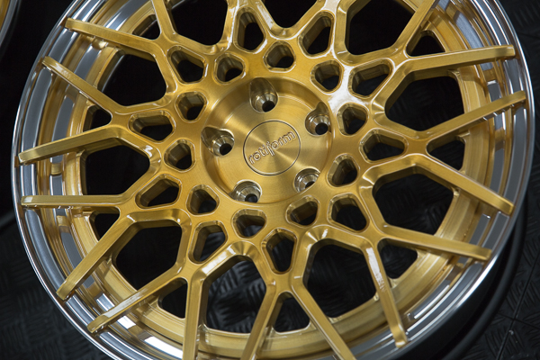 Rotiform BLQ Brushed Candy Gold