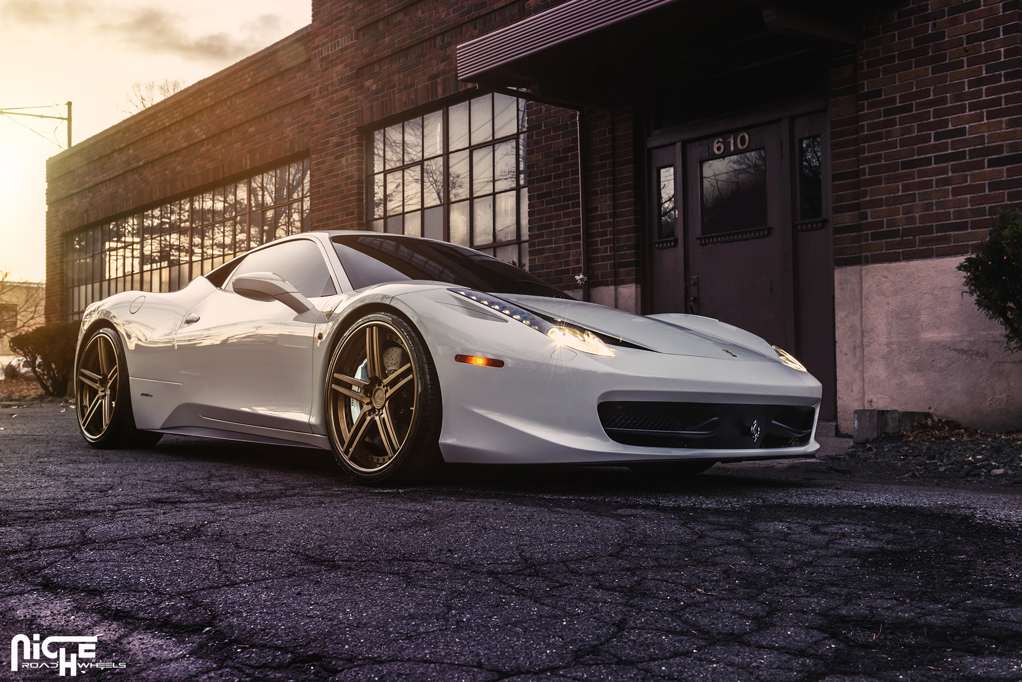 H90 | Niche Dromo | Ferrari 458