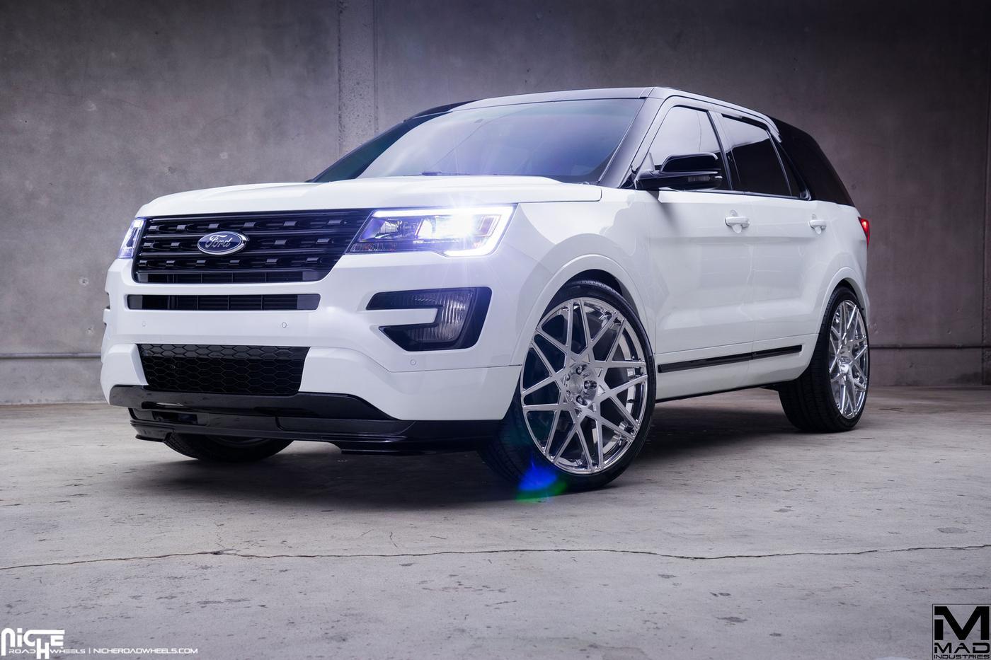 2016 Ford Explorer Mad Industries Niche Alpine Mht
