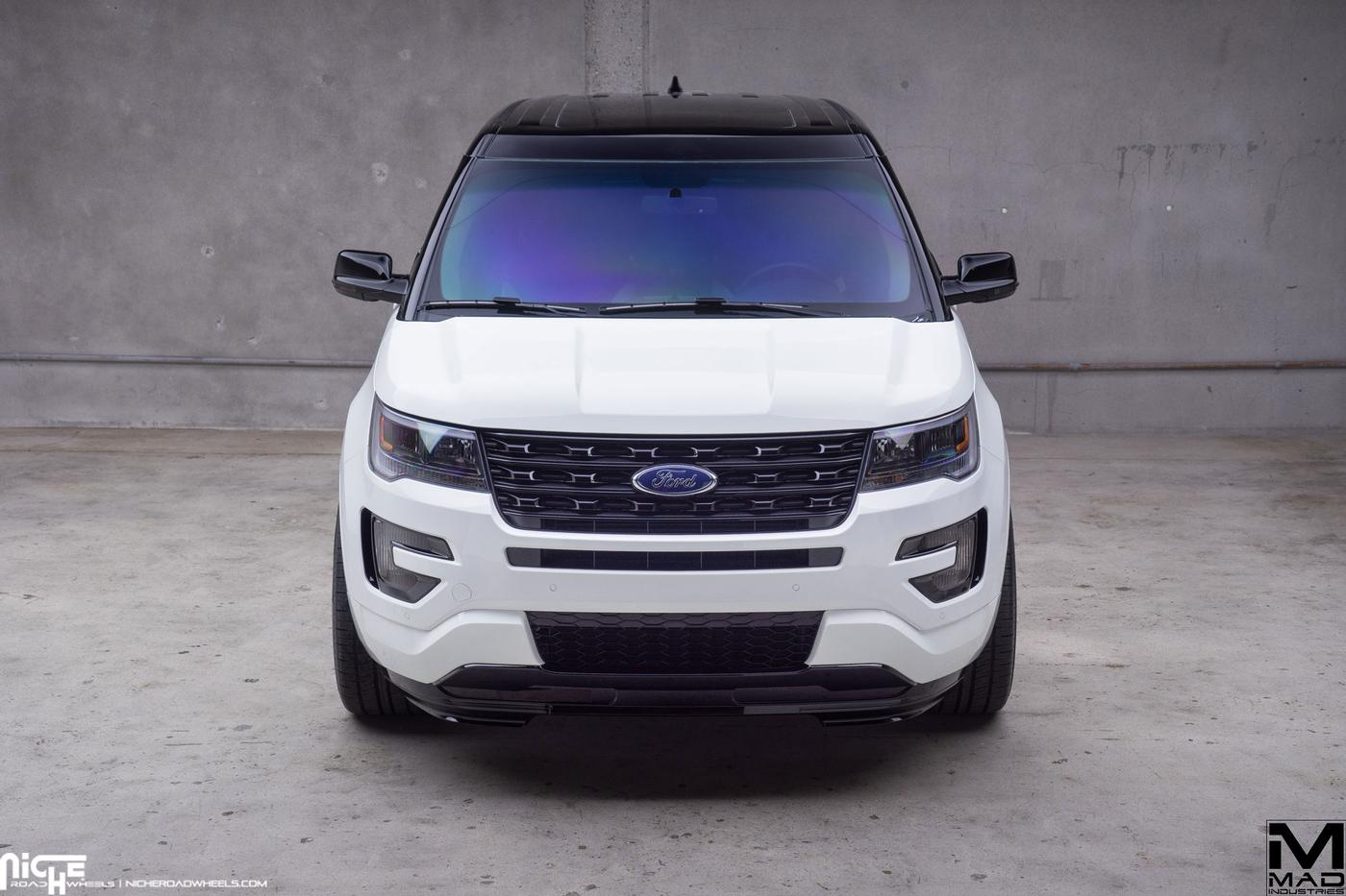 2016 Ford Explorer Mad Industries Niche Alpine Mht