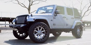 Jeep Wrangler Rubicon on 22x10 Nutz
